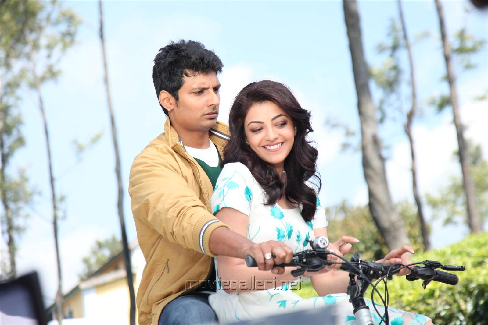 Jiiva, Kajal Agarwal in Enthavaraku Ee Prema Movie Pics