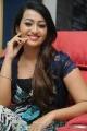 Telugu Heroine Ester Noronha Photos
