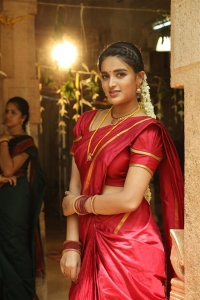 Actress Nidhi Agarwal in Eswaran Movie Images