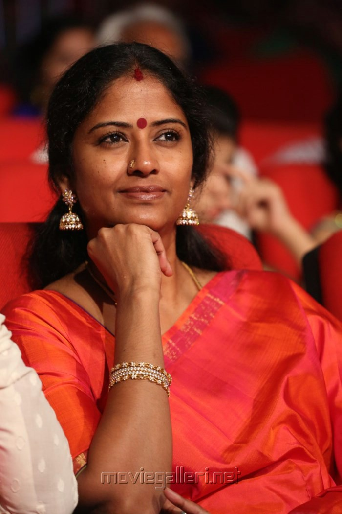 picture 1028462 tamil serial actress eswari rao picss