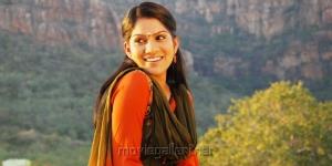 Actress Swasika in Etu Chusina Nuvve Movie Stills