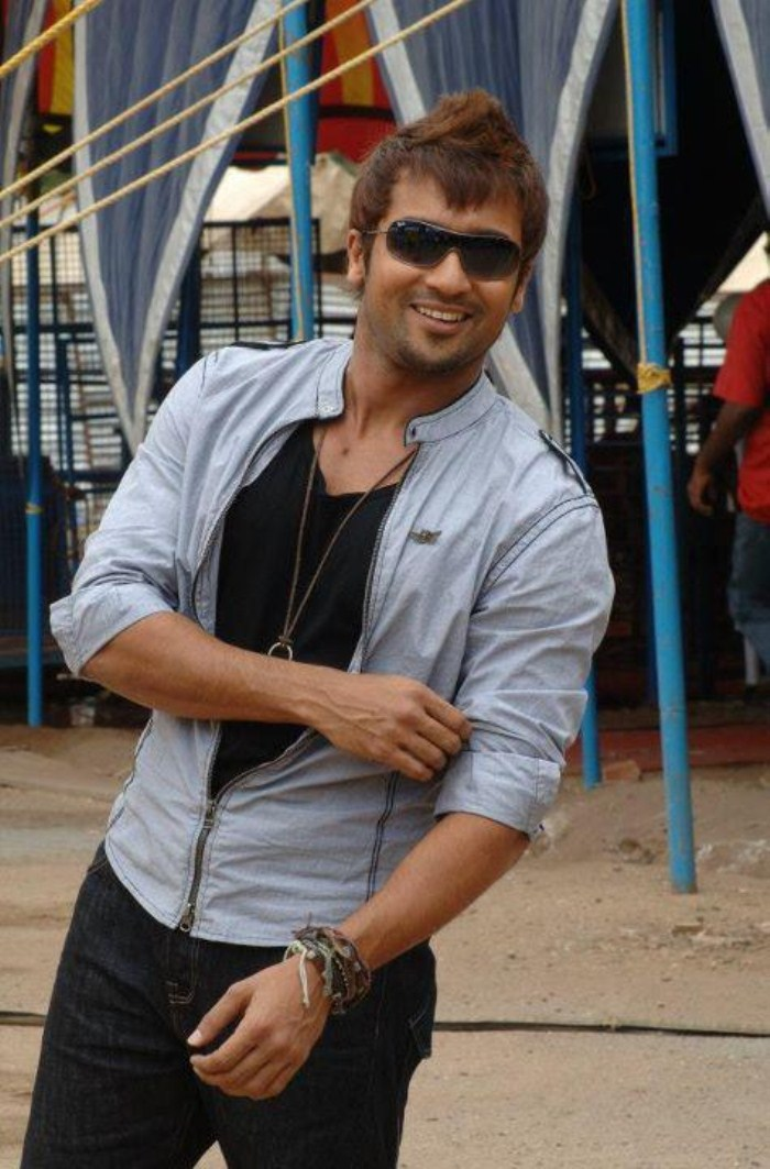 Image Gallery of Surya In 7am Arivu Hairstyle