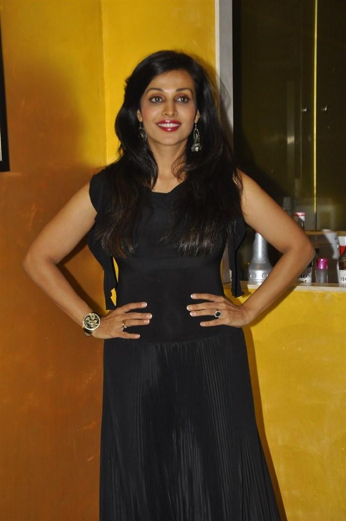 Telugu Actress Asha Saini in Black Dress Latest Photos