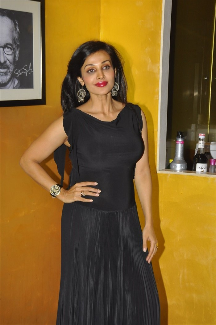 Telugu Actress Flora Saini in Black Dress Latest Photos