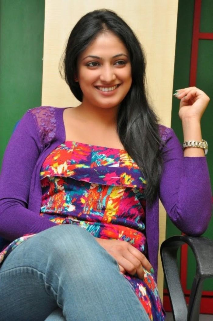 Galata Movie Heroine Haripriya at Radio Mirchi Photos