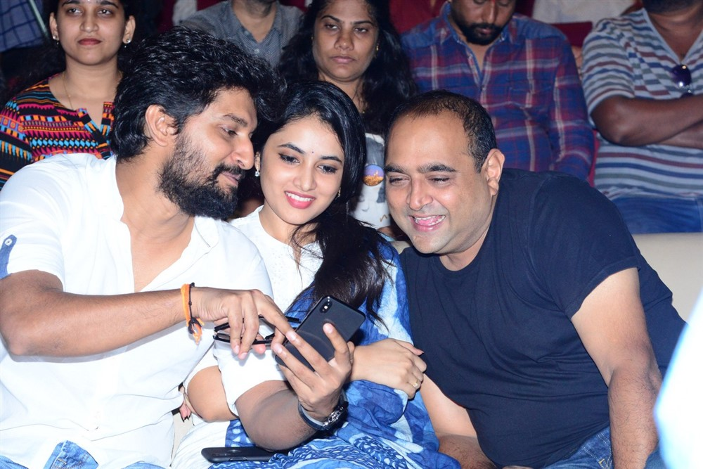 Nani, Priyanka Arul Mohan, Vikram Kumar @ Gang Leader Movie Team Meet Photos