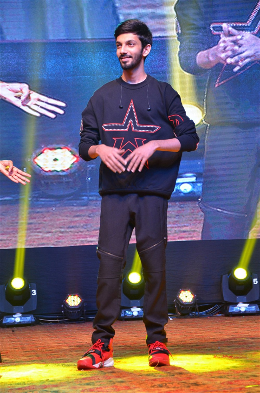 Anirudh @ Gang Leader Pre Release Function Photos