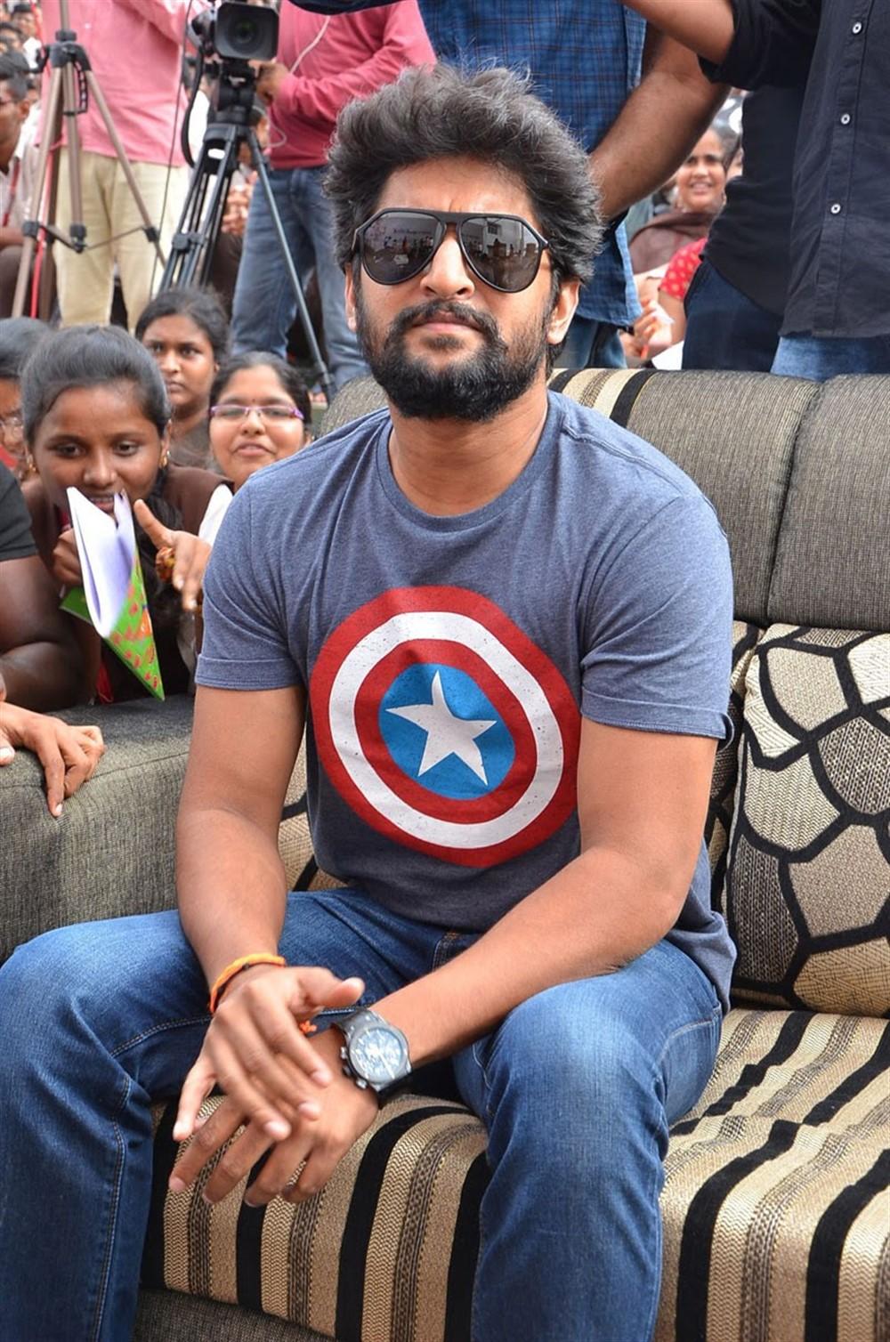 Actor Nani @ Guntur VVIT College For Gang Leader Pre Release Tour