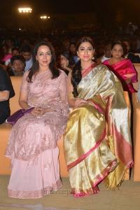 Hema Malini, Shriya Saran @ Gautamiputra Satakarni Audio Release Function Photos
