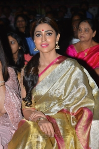 Actress Shriya Saran @ Gautamiputra Satakarni Audio Release Function Photos