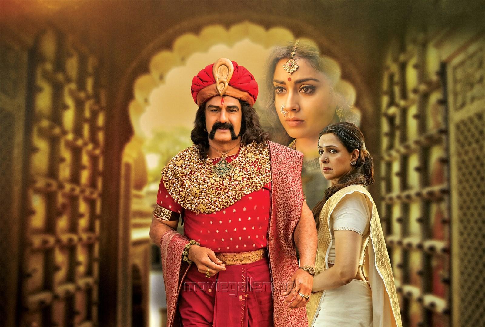 Balakrishna, Shriya, Hema Malini in Gautamiputra Satakarni HD Stills