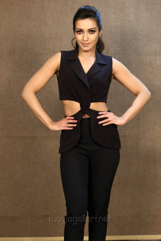 Telugu Actress Catherine Tresa Black Dress Photos