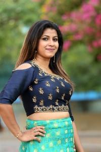 Telugu Actress Geetanjali Thasya New Stills