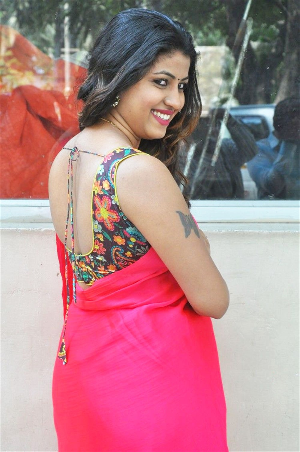 Actress Geethanjali Images in Pink Saree @ Seelavathi Movie Teaser Launch