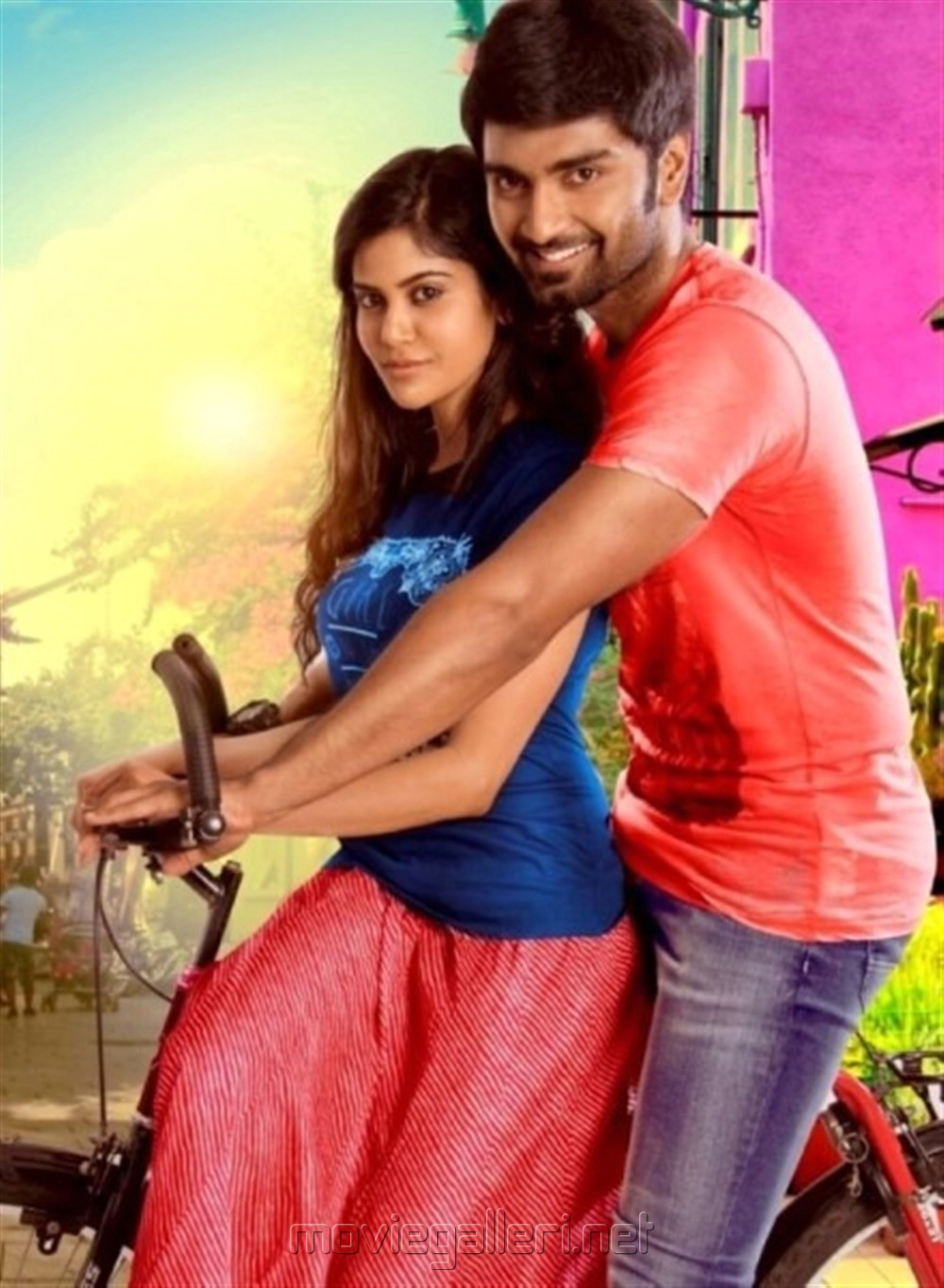 Aaditi Pohankar, Atharva in Gemini Ganeshanum Suruli Raajanum Movie Photos