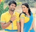 Atharva, Regina Cassandra in Gemini Ganeshanum Suruli Raajanum Movie Photos
