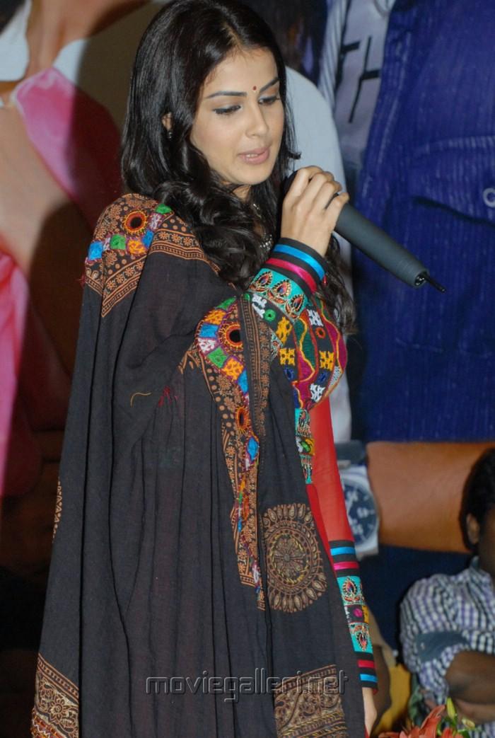 Actress Genelia New Cute Stills