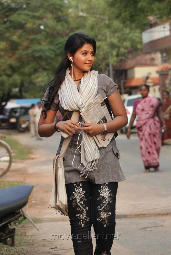 Actress Anjali in Golisoda Telugu Movie Stills