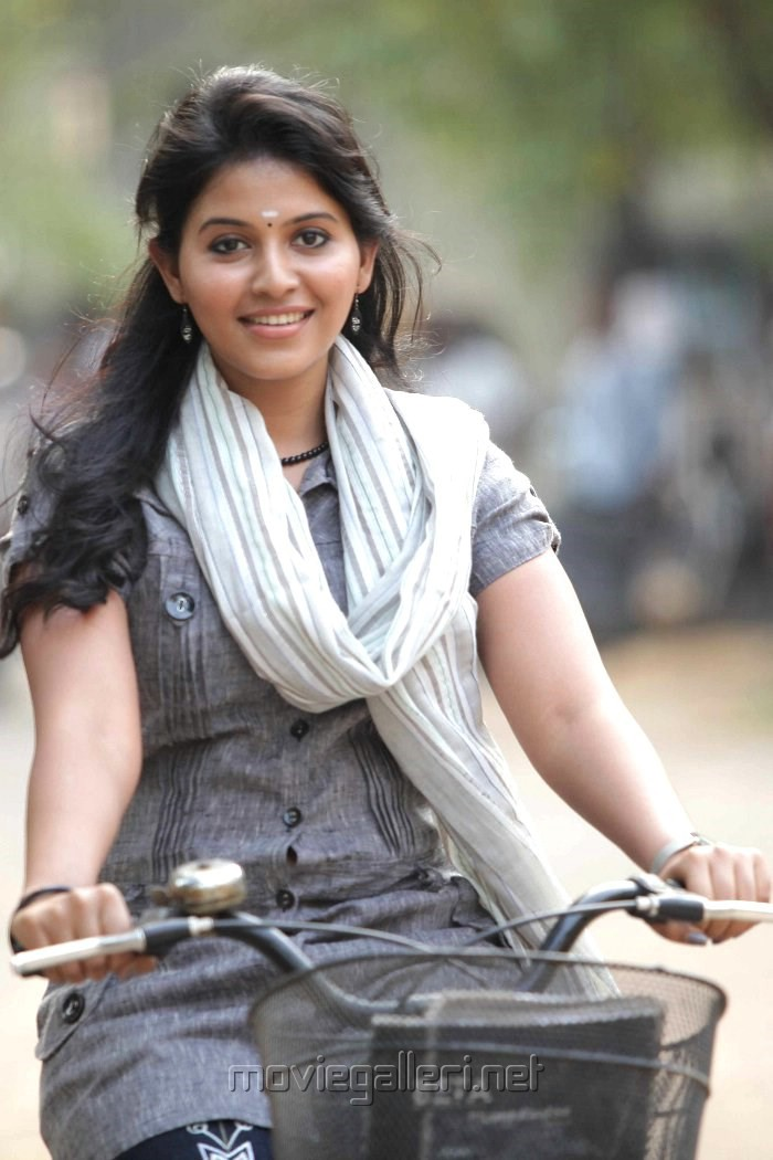Actress Anjali in Golisoda Telugu Movie Stills