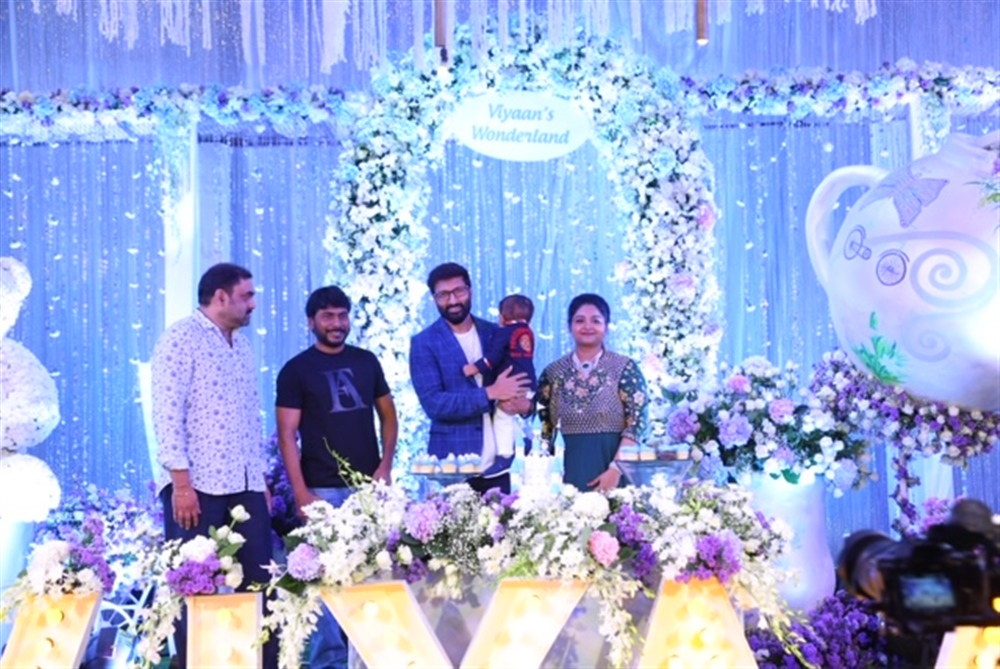 Sampath Nandi @ Gopichand's youngest son Viyaan's 1st Birthday Celebrations Stills