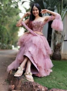 Gorgeous Adah Sharma Portfolio Images