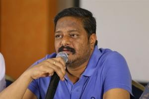Race Gurram Producer Nallamalupu Bujji Nandi Awards Press Meet Stills