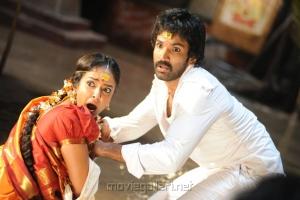 Aadhi, Manchu Lakshmi Prasanna in Gundello Godari Movie Latest Stills