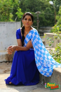 Actress Rashmi Gautam in Guntur Talkies Movie New Images