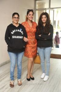Sudha Kongara Prasad, Ritika Singh, Mumtaz Sorcar @ Guru Movie Success Meet Stills