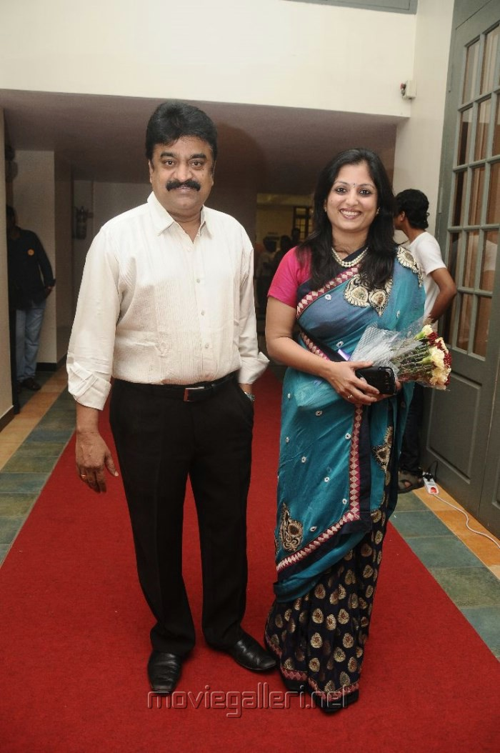 chinni jayanth castechinni jayanth son, chinni jayanth wife, chinni jayanth daughter, chinni jayanth age, chinni jayanth comedy, chinni jayanth movies, chinni jayanth caste, chinni jayanth family photos, chinni jayanth dead, chinni jayanth family, chinni jayanth movie list, chinni jayanth death, chinni jayanth and senthil comedy, chinni jayanth mimicry, chinni jayanth best comedy, chinni jayanth father, chinni jayanth latest news, chinni jayanth song, chinni jayanth director, chinni jayanth filmography