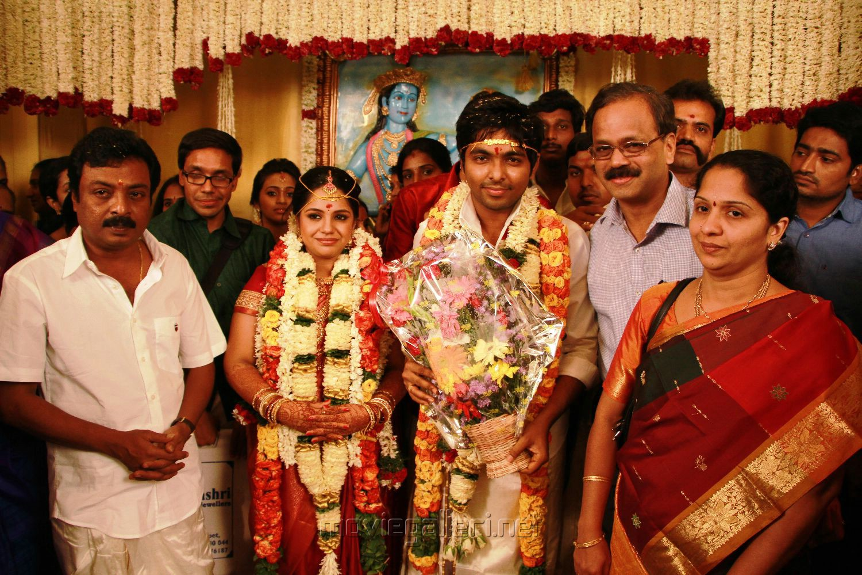 Gayathri Arun Actress Wedding Photos Www Imgkid Com