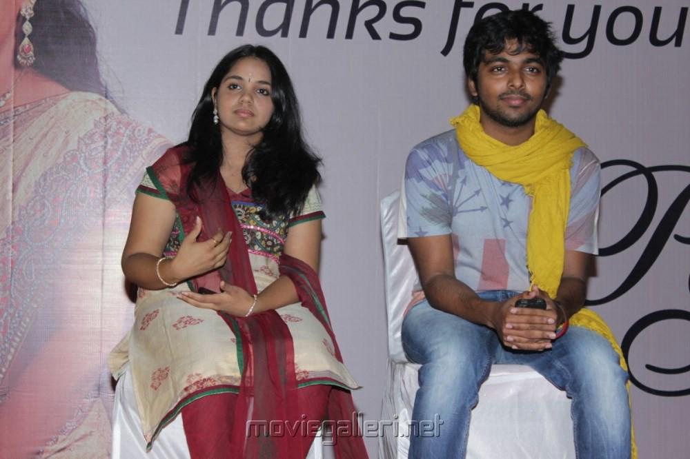 gv and saindhavi press meet
