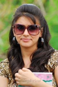 Hansika Cute Smile Pictures