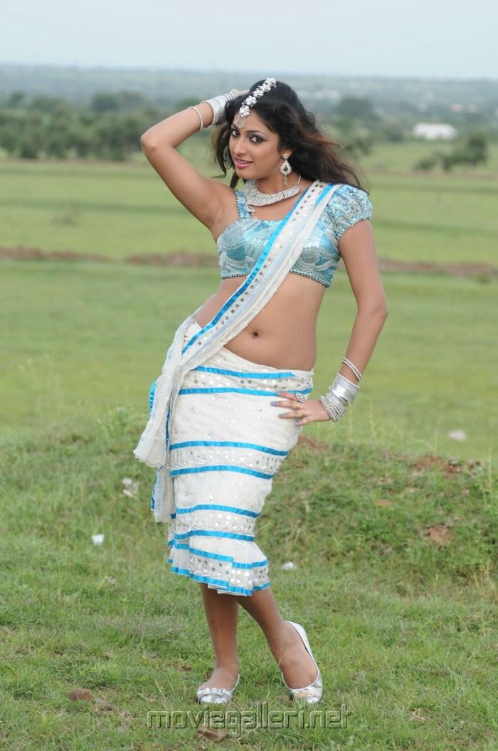 Hari Priya Hot Pics
