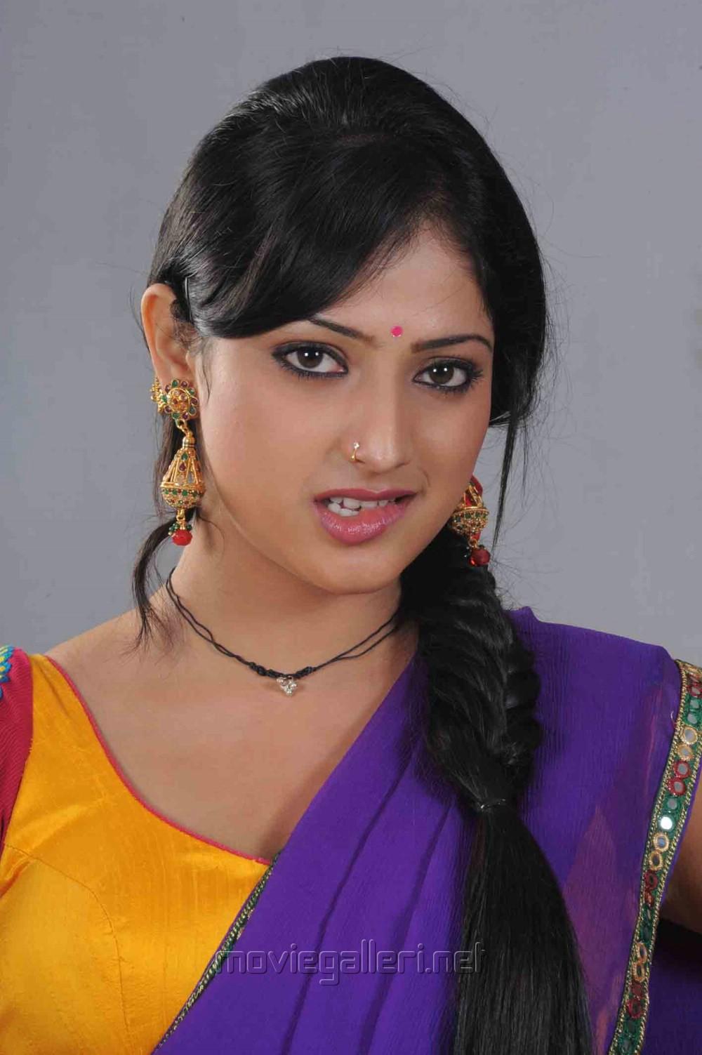 Actress Haripriya Hot in Abbayi Class Ammayi Mass Stills