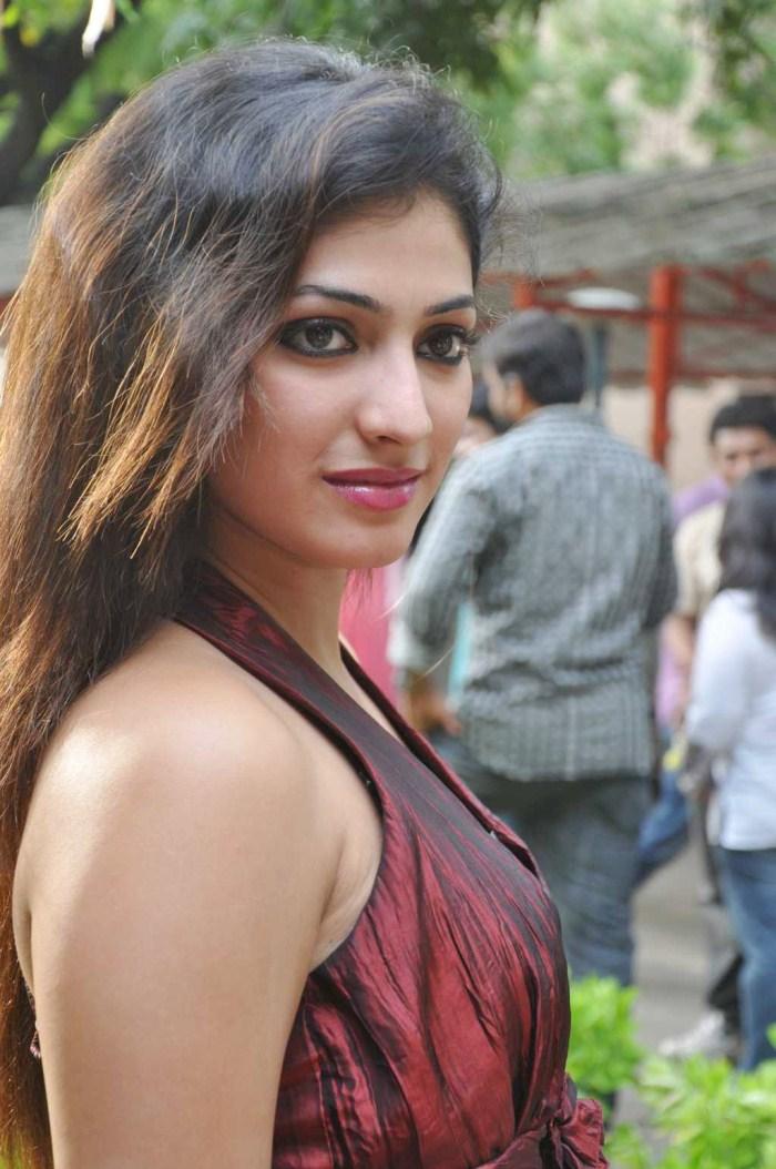 Haripriya Latest Hot Stills