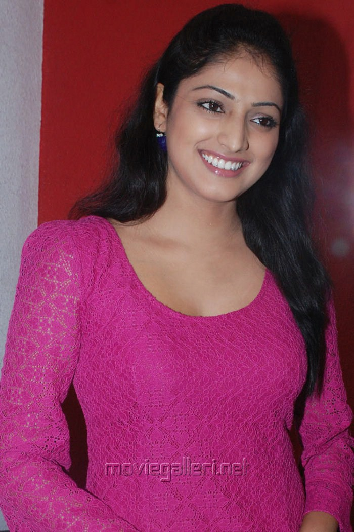 Actress Haripriya Latest Photos [ Gallery View ]