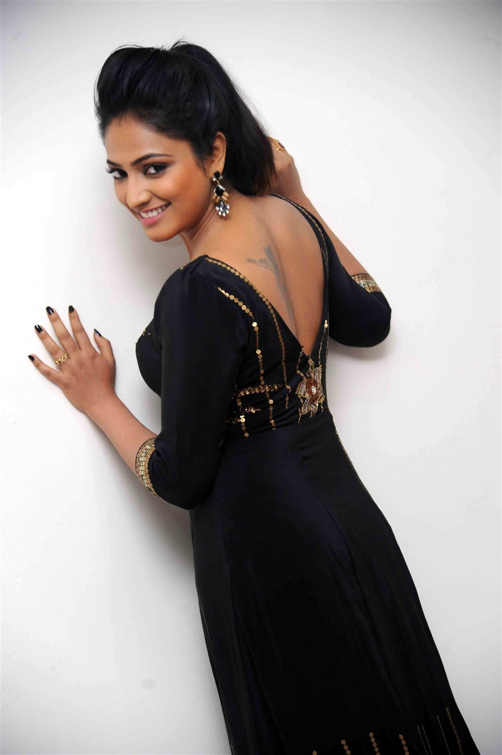Telugu Actress Haripriya Recent Photos