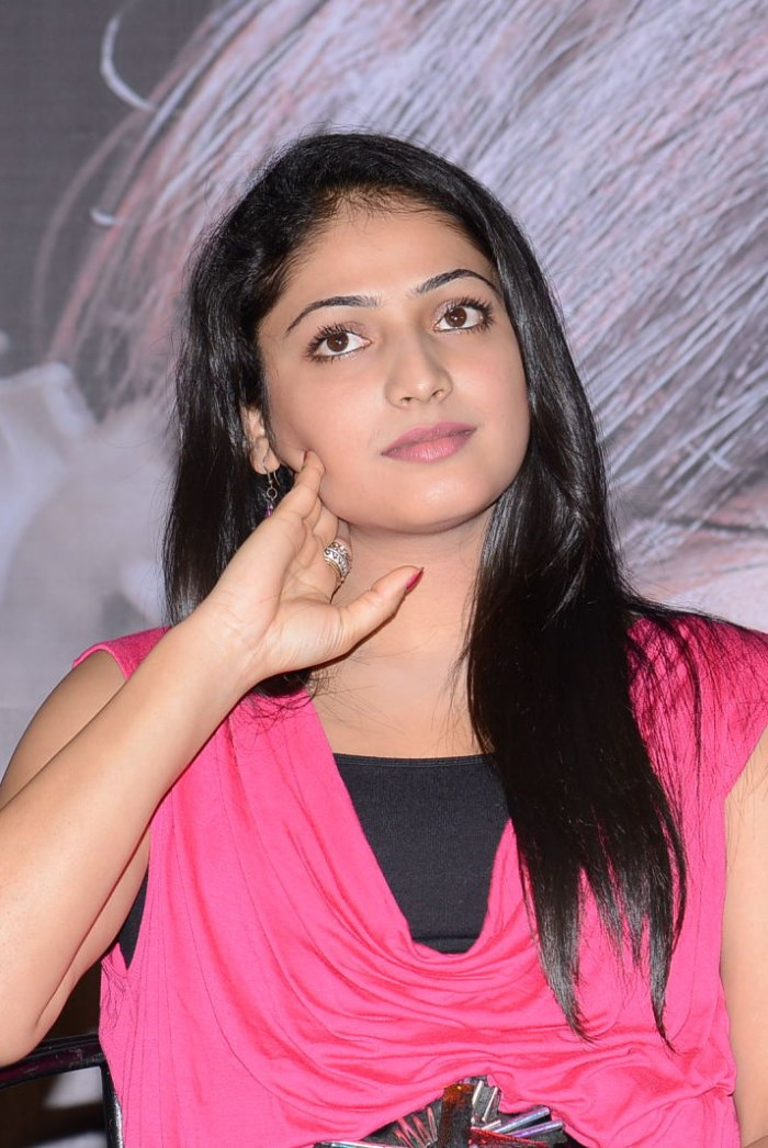 Haripriya Stills @ Telugulo Naku Nachani Padam Prema Trailer Launch