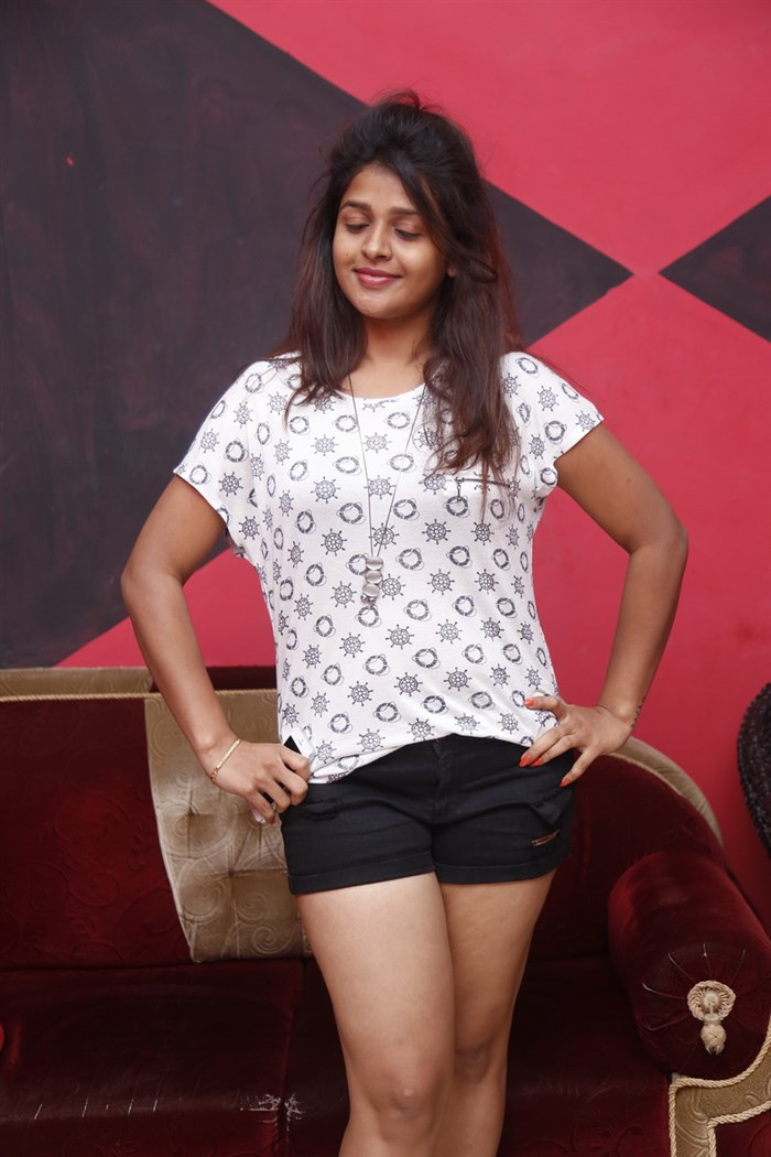 Actress Shilpa Swetha @ Haveli Coffee Shop Launch Party Photos