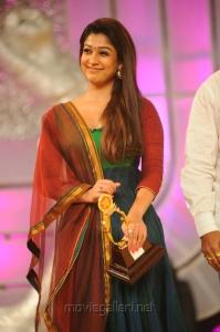 Actress Nayanthara at Santosham Film Awards 2012 Photos