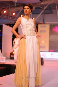 Models Ramp Walk at SouthSpin Fashion Awards 2012 Stills