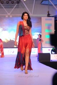 Deeksha Seth Ramp Walk at SouthSpin Fashion Awards 2012 Stills