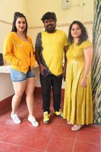 Mannara Chopra, Amma Rajasekhar, Radha Rajasekhar @ Hi 5 Movie Shooting Coverage Photos