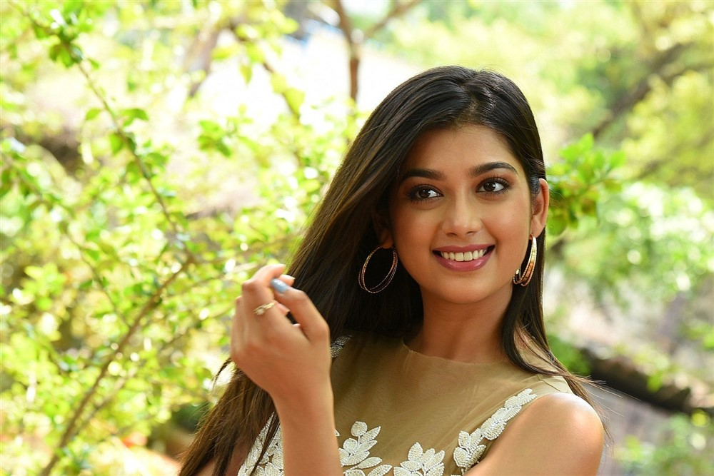 Hippi Movie Actress Digangana Suryavanshi Interview Images