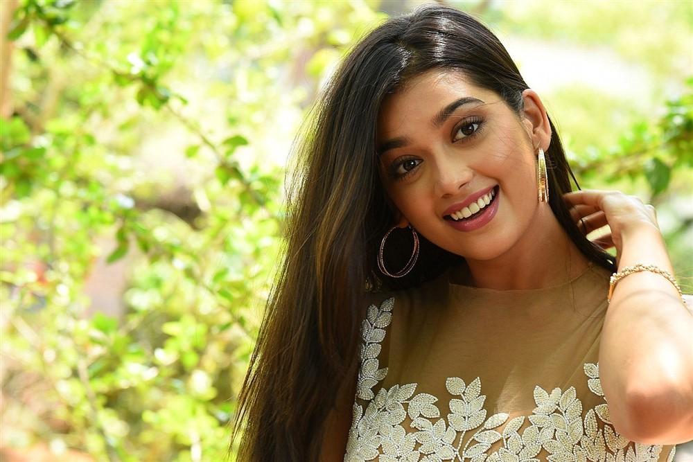 Heroine Digangana Suryavanshi Cute Images @ Hippi Movie Interview