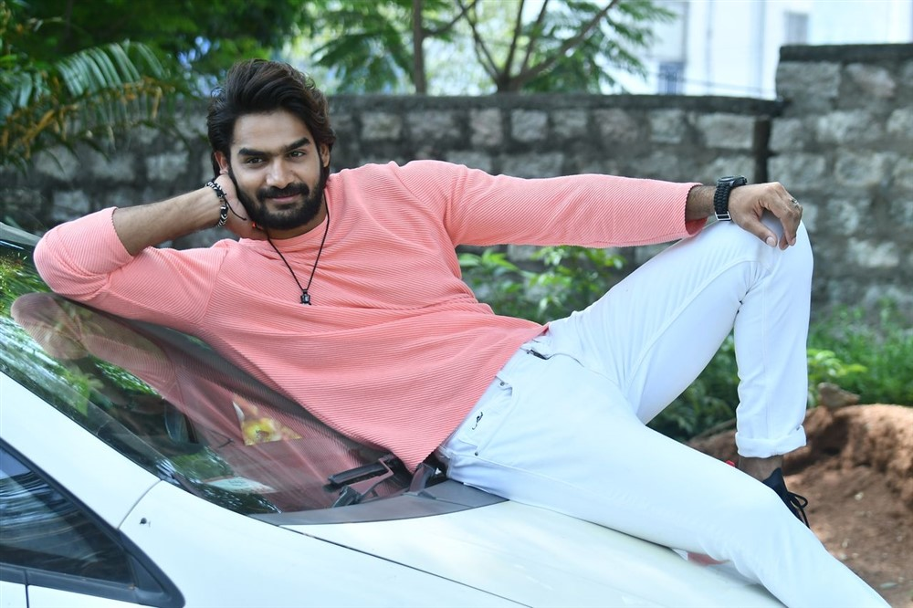Hippi Movie Hero Karthikeya Interview Stills