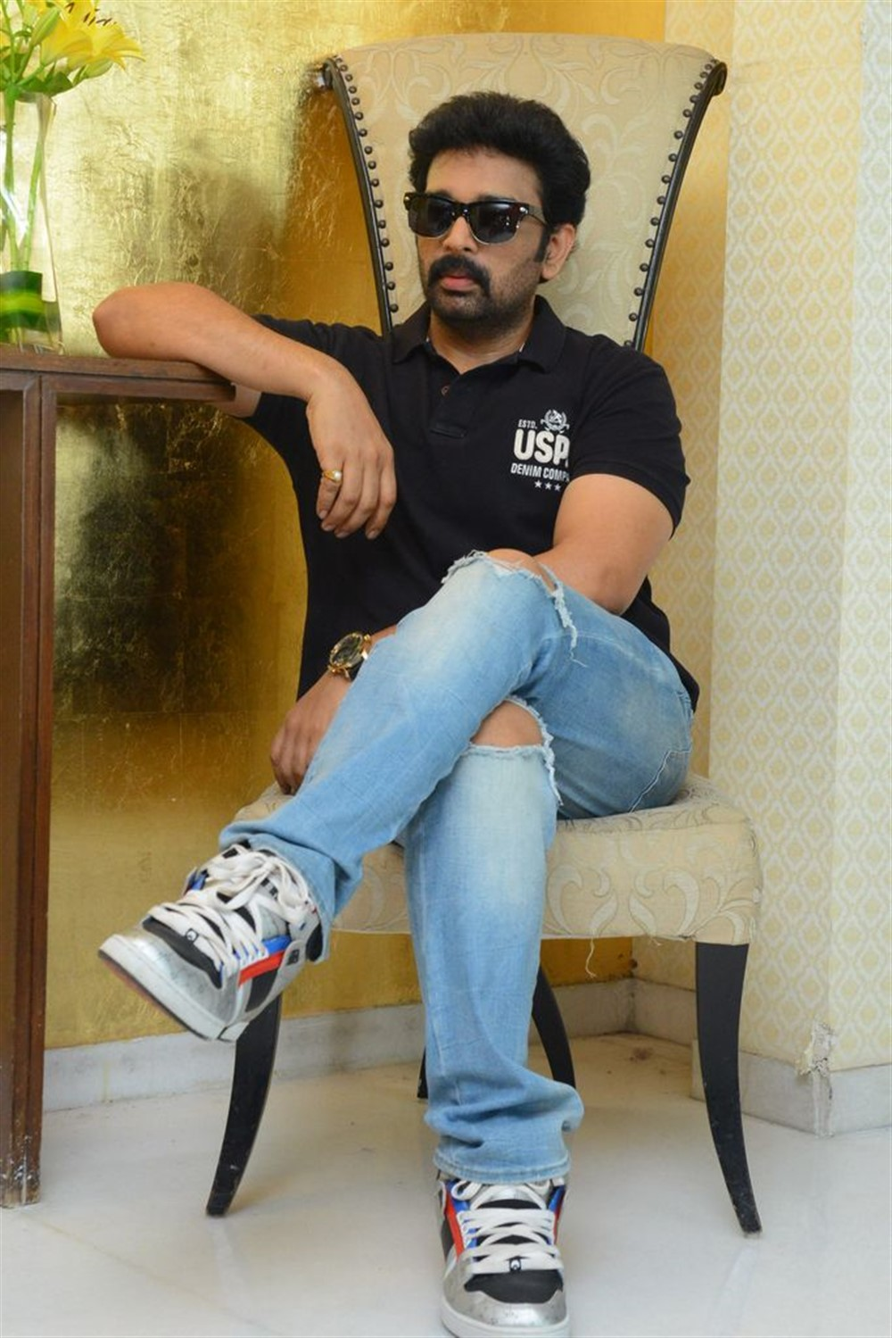 Actor JD Chakravarthy @ Hippi Movie Interview Stills