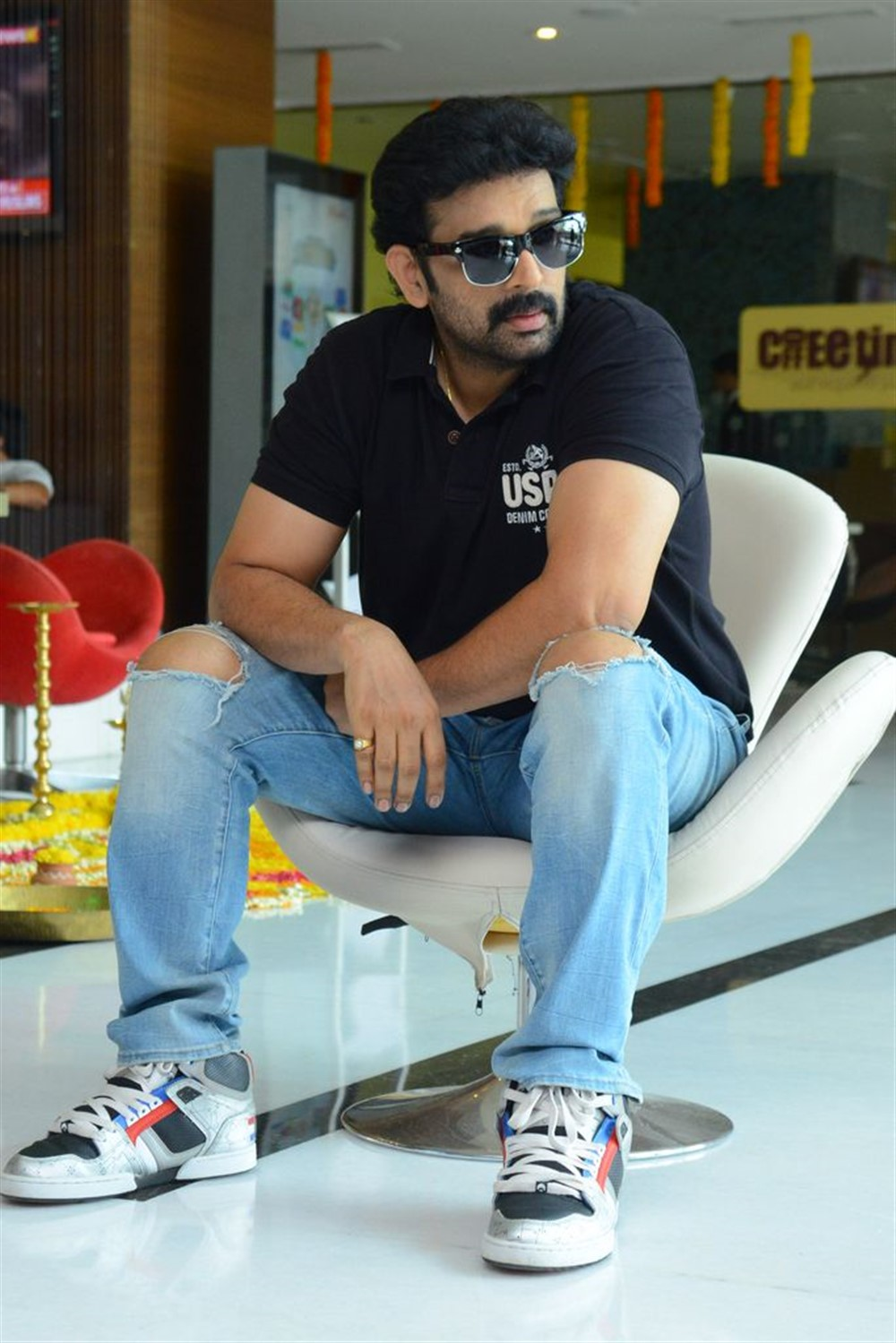Hippi Movie JD Chakravarthy Interview Stills