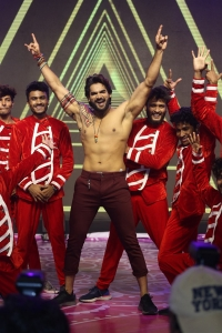 Karthikeya Dance @ Hippi Movie Pre Release Event Stills